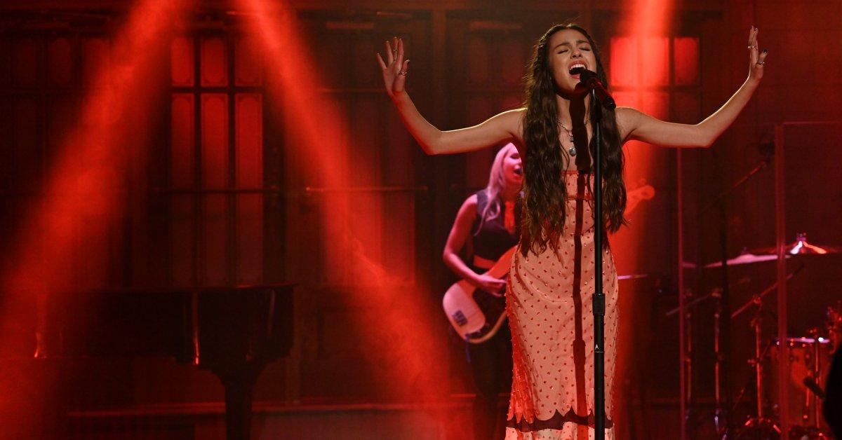 Bagaimana Olivia Rodrigo Menjadi Bintang Pop Baru Terbesar di Amerika - Majalah Time.com