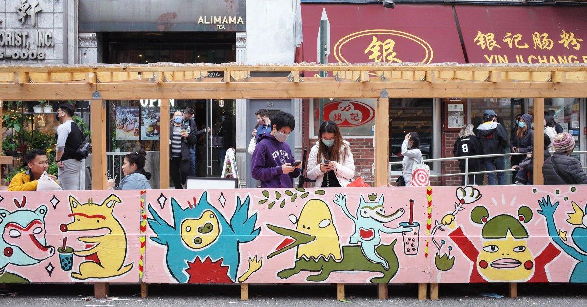 'Perwujudan Visual dari Sukacita.' Chanel Miller dan Seniman AAPI Lainnya Membuat Mural yang Hidup untuk Restoran Chinatown - Majalah Time.com